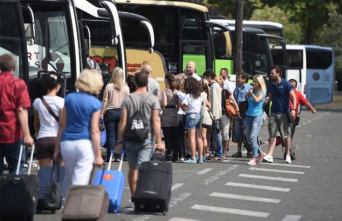 Autocar turiști