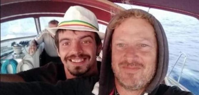 Antonio Voinea, alături de prietenul său Aldo