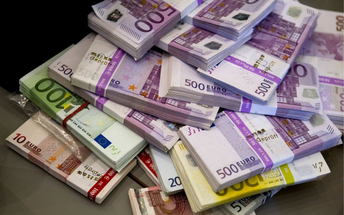 bani euro suma pentru care romanii s-ar intoare
