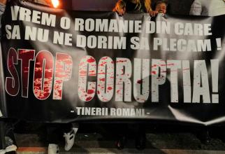 protest 30 martie Piata Universitatii