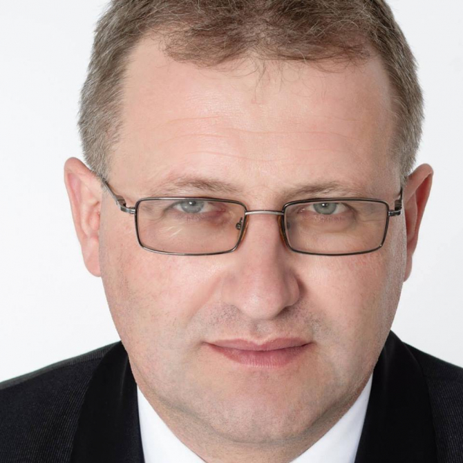 Daniel Bogdan Davidescu primar Sotrile - Prahova