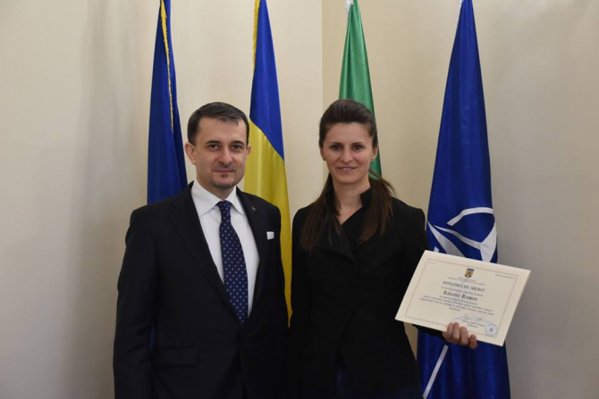 Roxana Roman premiata la Ambasada Romaniei in Italia