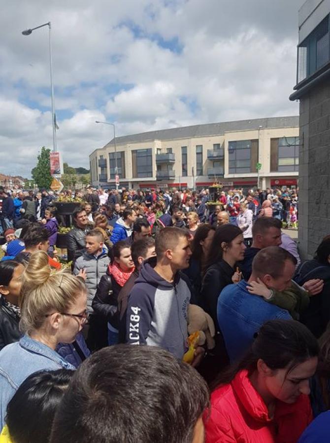 Coadă la secţia dde votare din Dublin, Irlanda. sursa foto: Goşa Marian Răzvan