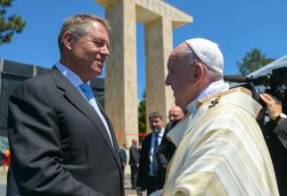 Klaus Iohannis îşi ia rămas bun de la Suveranul Pontif