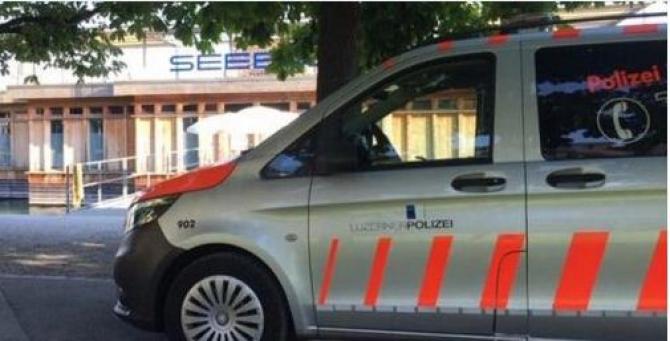politie_elvetia_masina