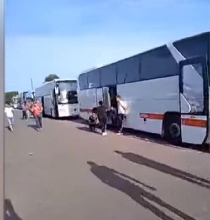 autocare_moldoveni_blocate_vama