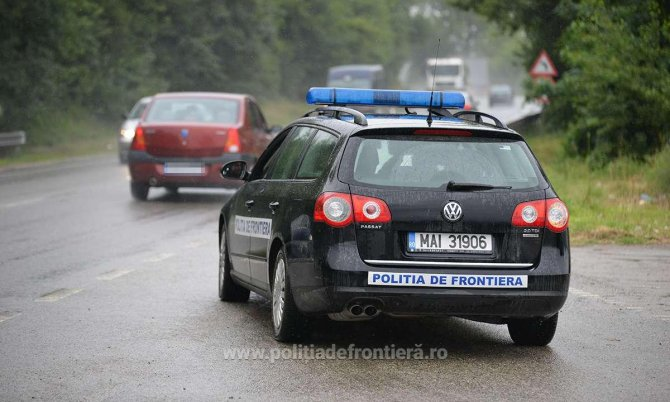 politia_de_frontiera_masina