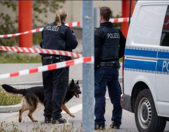 politisti_germani_caine_lup