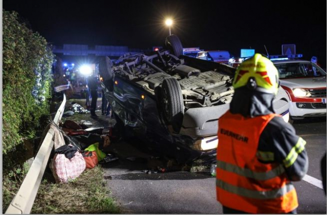 2. accident_r... (accident_romani_austria_microbuz.JPG)