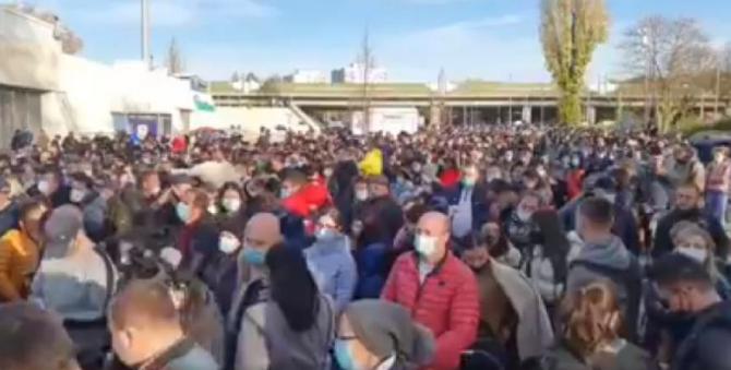 alegeri_moldova_cozi_frankfurt