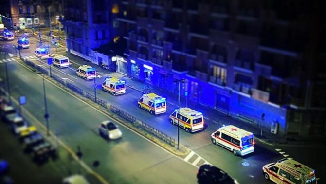 2. -imagine fara descriere- (ambulanze_torino_2.jpg)