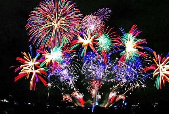 petrecere_revelion_artificii