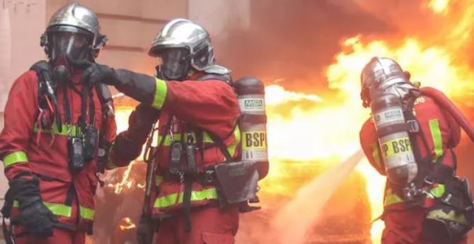 pompieri_franta