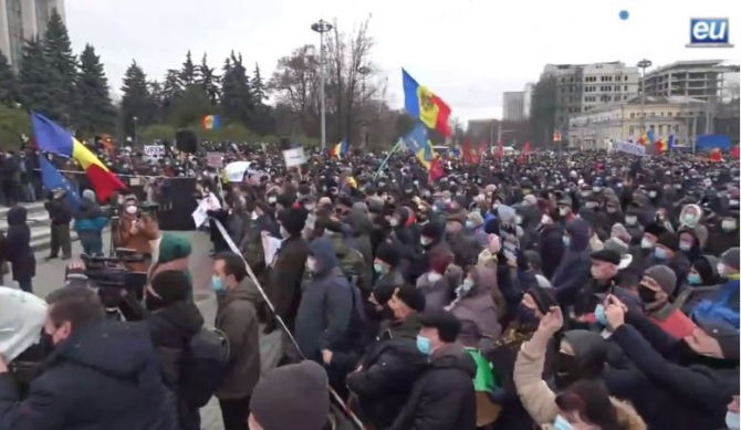 proteste_chisinau_alegeri_anticipate