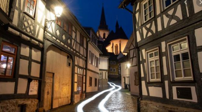 strada_pustie_oras_germania