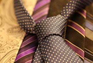 Cum se face nodul la cravată