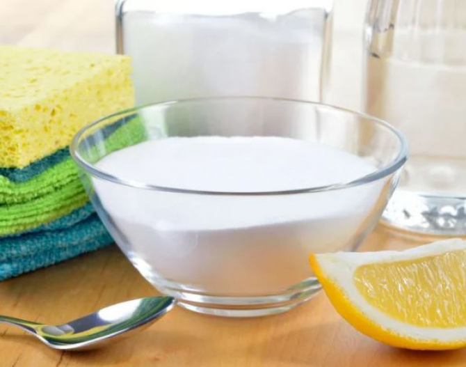 amesteca bicarbonat cu miere