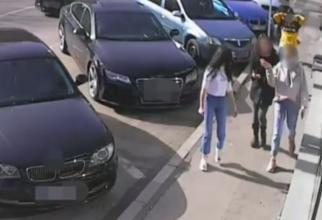 trei tinere din pitesti au gasit o borseta cu bani