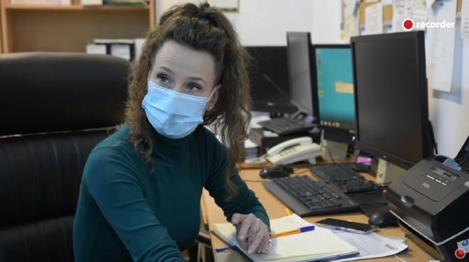 Fosta chelneriţă angajată inginer la Administraţia Bazinală de Apă Prut-Bârlad a demisionat