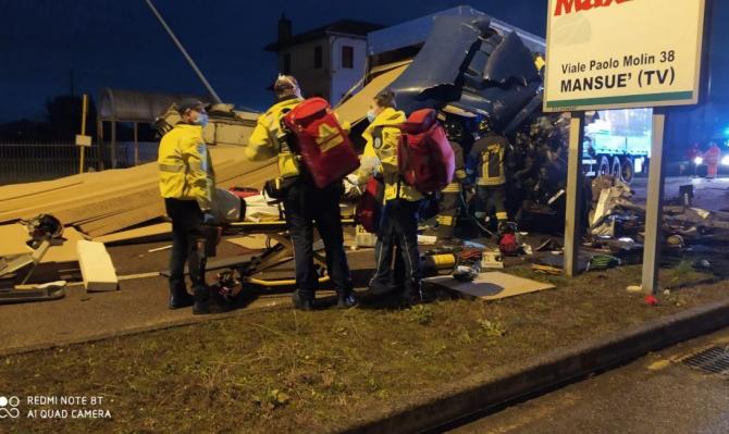 italia_camion_romanesc_accident_rutier