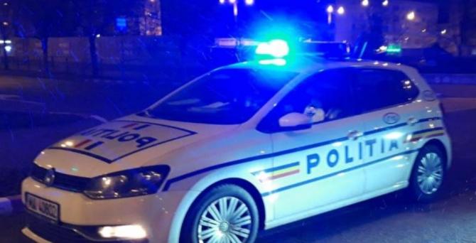 politia romana masina noaptea
