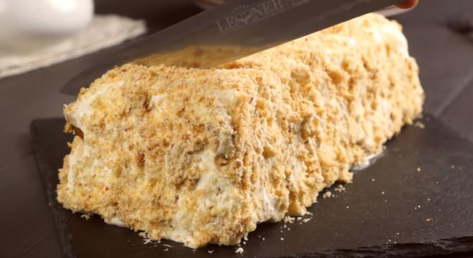 Prăjitură din 3 ingrediente, fără zahăr. Cea mai căutată rețetă în pandemie E mai apreciată decât celebrul Tort Napoleon