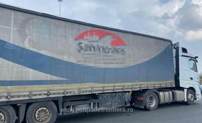 camion oprit la frontiera