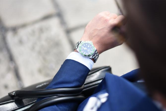 Un român a furat 4 ceasuri de LUX în valoare de peste 1 milion de euro (Foto ILUSTRATIV)