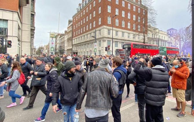 londra proteste anti covid