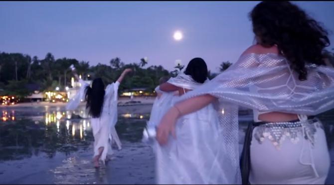 """Luna Plină. Cum influențează astrul nopții femeile, în funcție de zodie: """"Se întâmplă schimbări în corp"""""""