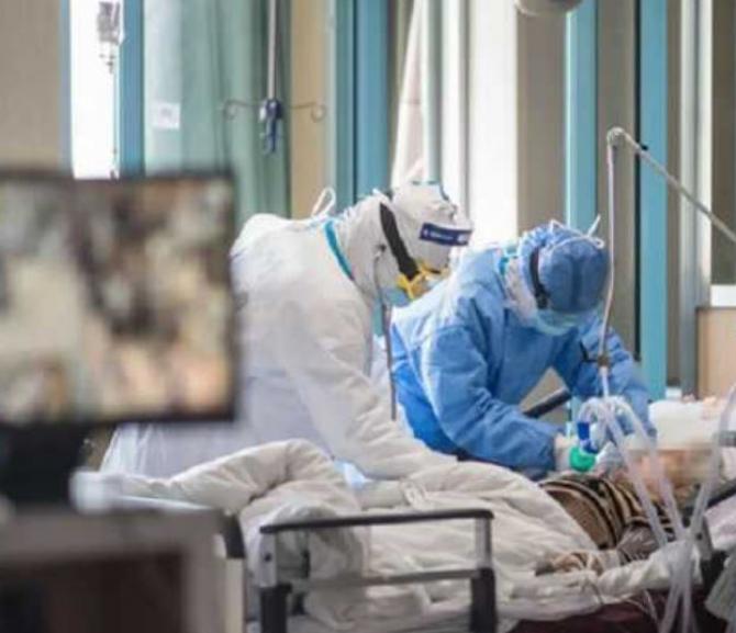 medici la ATI pacienti