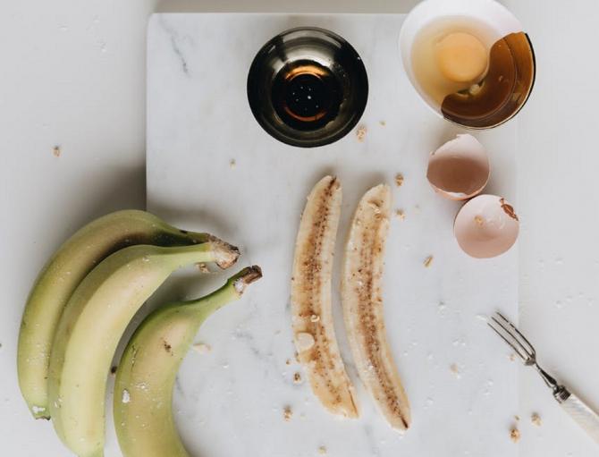 Omletă dulce cu banane, o rețetă simplă și nepretențioasă
