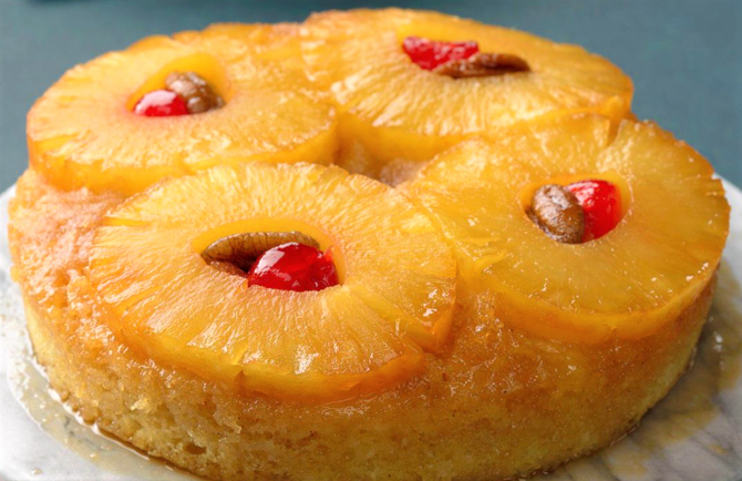 Tort de post cu ananas - Rețeta cu doar 5 ingrediente (Sursa foto: ruchiskitchen.com)