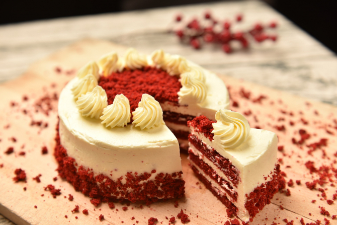 """Tort mărţişor de """"catifea"""" (sursa foto: Pixabay)"""