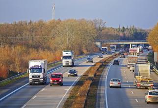 """Înșelătoria prin care românii se îmbogăţesc pe autostrăzile din Germania: """"Am nevoie urgentă de ajutor!"""""""