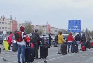 """Ministrul de Interne, precizări pentru românii din diaspora care se întorc în țară de Paște: """"Sunt trei scenarii posibile!"""""""