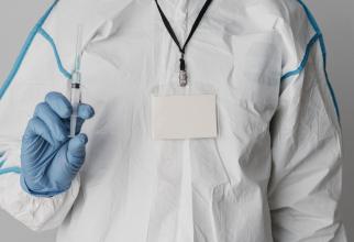 OMS nu recomandă folosirea unui alt vaccin între două doze, aşa cum au decis autorităţile din Franţa