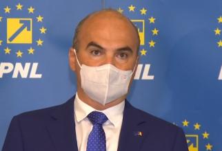 """Rareş Bogdan: """"Criza politică, să se sfârşească extrem de repede! Nu dă deloc bine nici la Bruxelles, nici la cetăţeni"""""""
