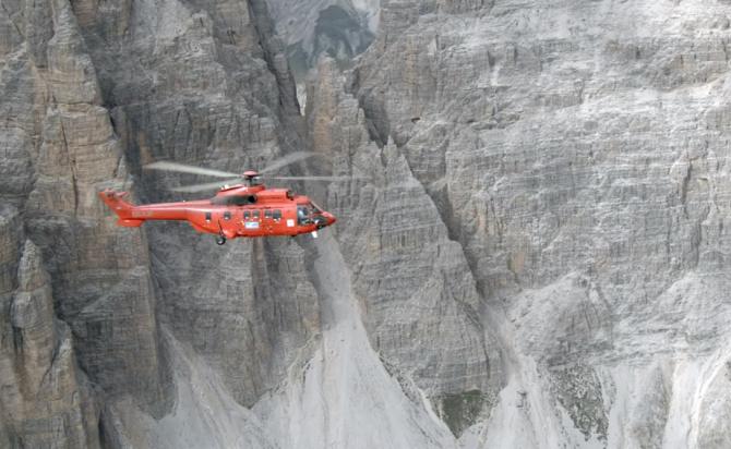 Tânăr român, ucis în Austria. Corpul neînsuflețit, recuperat cu un elicopter dintre munți