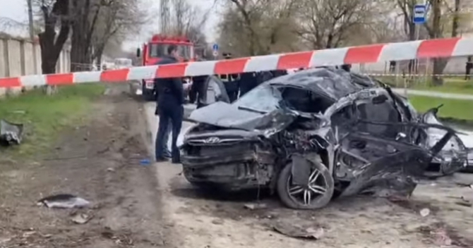 Cinci copii, morți după un accident înfiorător. Șoferul de 14 ani a luat cheile maşinii noaptea, când părinții dormeau (VIDEO)