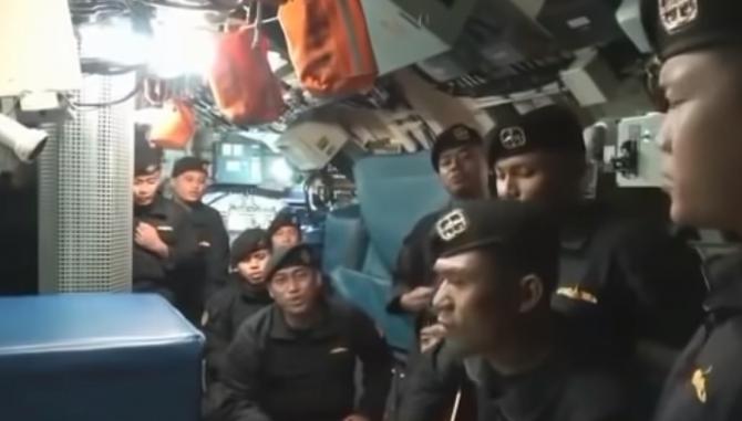 """Cuvintele sfâșietoare de adio ale celor 53 de marinari morți în submarin: """"Nu sunt pregătit să fiu fără tine"""" - VIDEO VIRAL"""