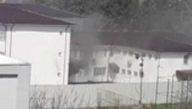 """Incendiu Spital, Slatina. Director: """"Flăcările au pornit dintr-un izolator unde era un pacient în sevraj"""""""