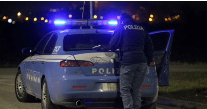 Italia Cinci romani petrecareti i-au amenintat pe politisti in noaptea de Paste