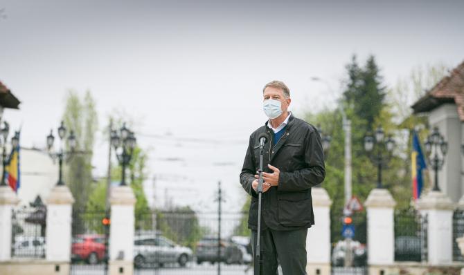 """Klaus Iohannis: """"Fără vaccinare nu putem ieşi din pandemie. Gradual se vor ridica măsurile"""""""