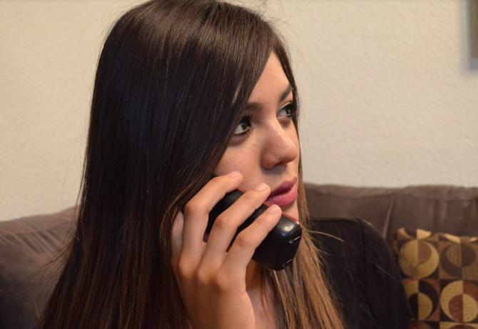 Linie telefonica de sprijin psihologic pentru romani