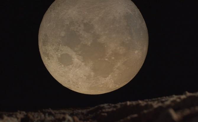 """Luna Plină în Scorpion. Influență decisivă asupra destinului zodiilor: """"Pregătiți-vă să vă schimbați viața în bine!"""""""