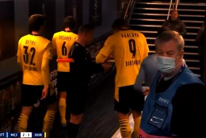 Moment controversat după meciul City-Dortmund. Octavian Şovre, surprins în timp ce îi cerea un autograf lui Haaland