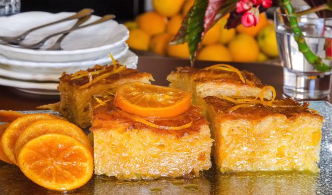 """Portokalopita, plăcinta grecească preferată a lui chef Florin Dumitrescu: """"Când o mănânc, curge lacrima!"""". Iată rețeta"""