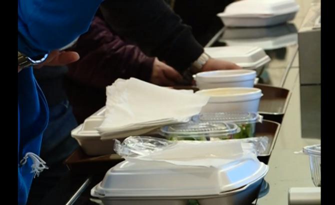 Parlamentarii rămân fără mâncarea IEFTINĂ de la restaurant (Sursa foto: captura Realitatea)
