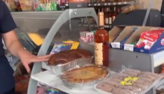 Românii din diaspora vor găsi și anul acesta produse tradiționale de Paști în magazine